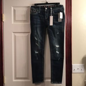 Rock Revival Skinny Size: 27 (NWT)